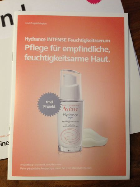 0-img-2932-1 - Eau Thermale Avène Hydrance INTENSE Feuchtigkeitsserum
