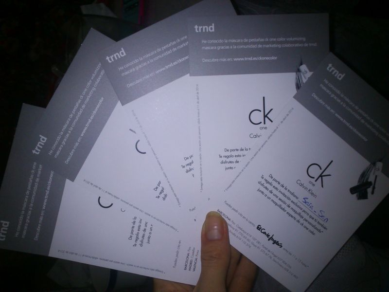 Reparto de invitaciones - ck one color